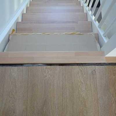 Acabando la escalera