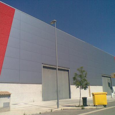 Panel alucobond en fachada