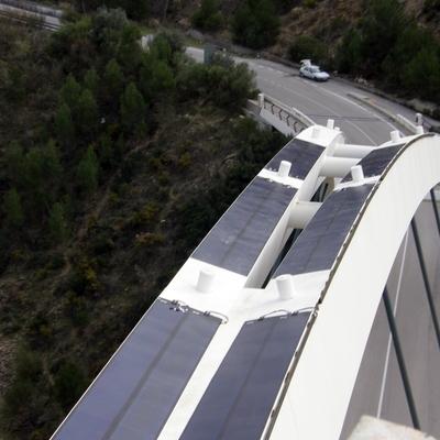 Paneles fotovoltaicos de placa fina