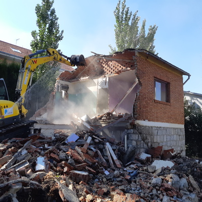 Derribo de vivienda unifamiliar en Pozuelo de Alarcón