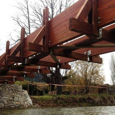 Puente peatonal en Álava