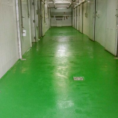 pasillo matadero con pavimento epoxi antideslizante