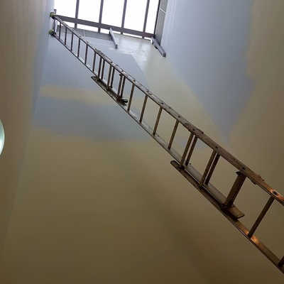 pintado ueco escalera