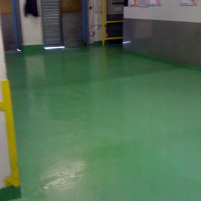 Pavimento industrial con Bareu-D