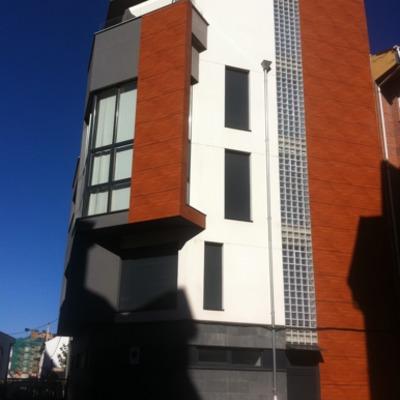 Construcción de edificio de vivienda
