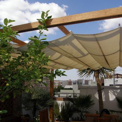 Pergola y toldos en un atico en Murcia