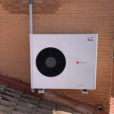 Instalación de aerotermia Genia air Max 8 kW
