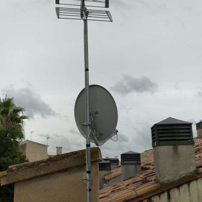 Instalación Antena TDT y Antena Parabólica.