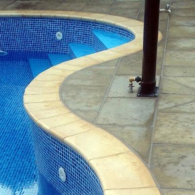 Piedra coronación piscina FABISTONE