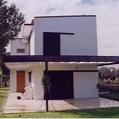 Casa Urbanización Pino Grande 171, en Carmona. Sevilla