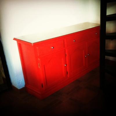 Pintado de mueble auxiliar.