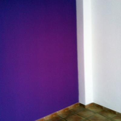 pintura color magenta