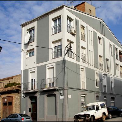 Pintura de fachada dos colores impermeabilizada