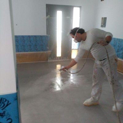 pintura de suelo con poliuretanao