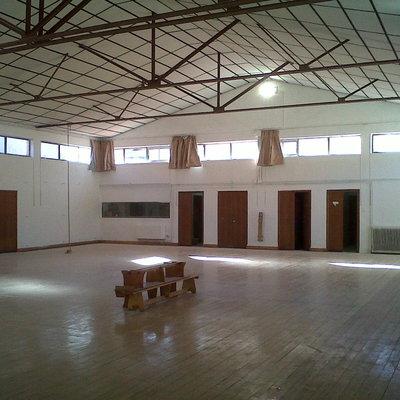 Pintura en gimnasio cubierto
