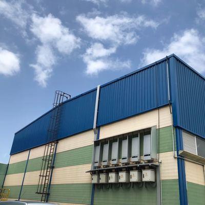 Pintura exterior nave industrial escalera tratamiento para el óxido