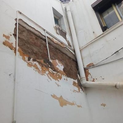 pintura patio de luz edificio 2 plantas