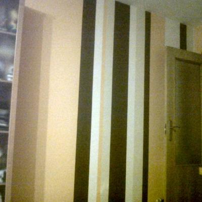 Pintura salón a rayas verticales
