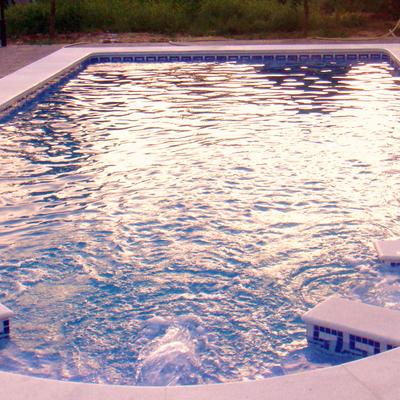 Piscinas hermanos sevillano benacaz n for Precio piscina obra 8x4
