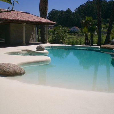 Ideas y fotos de piscinas de arena para inspirarte for Piscinas de arena