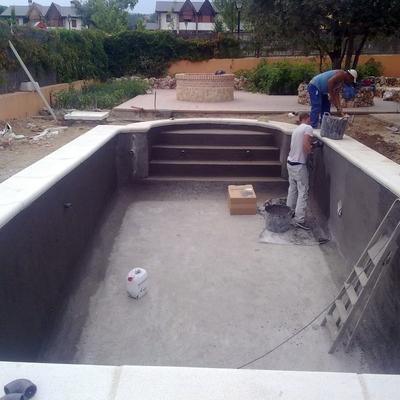 Habitat rustico europa sl torrej n de ardoz for Precio piscina obra 8x4