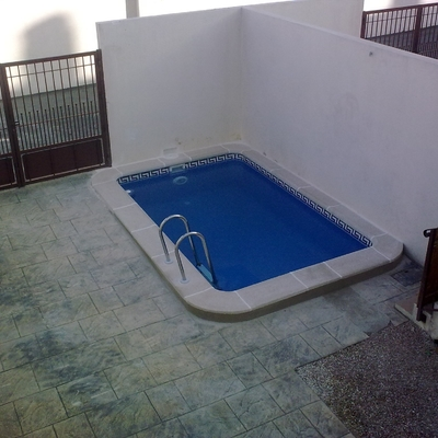 Precio construir piscina prefabricada pvc habitissimo - Piscina prefabricada precio ...