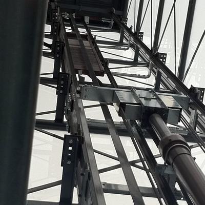 Pistón y contrapeso ascensor hidráulico