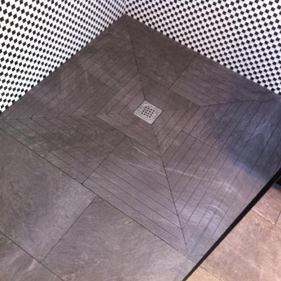 Plato a medida con pavimento antideslizande