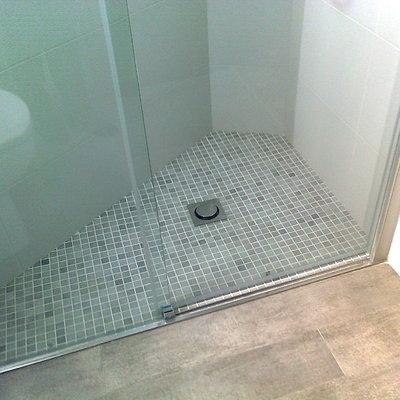 Plato ducha obra enrasado a suelo