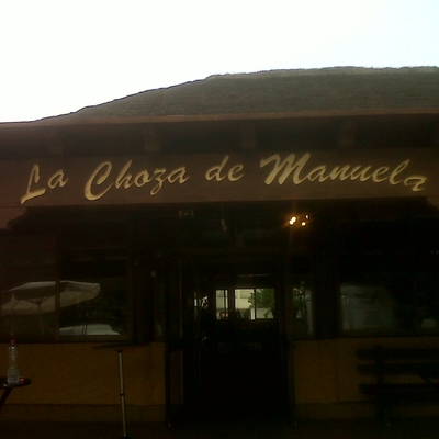 Porche de madera de La choza de Manuela