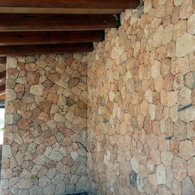 Porche de piedra