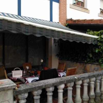 Porche en Jardin 1