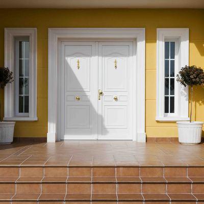 Puerta entrada/Porta d'entrada