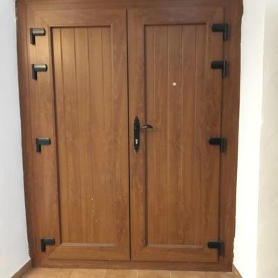 Porta entrada 2