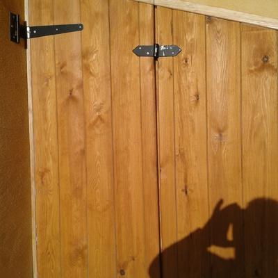 porticón de madera