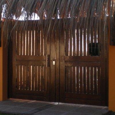 portón exterior