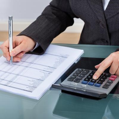 Presuspuestos. Cuando una empresa o cliente precise de nuestros servicios lo atenderemos con la máxima rapidez y le confeccionaremos un presupuesto que se adapte a sus necesidades. Alicantina de Limpiezas.