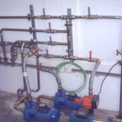 Proyecto hidráulico. Proyecto de instalaciones. Manifold de válvulas para control de un centro de lavado
