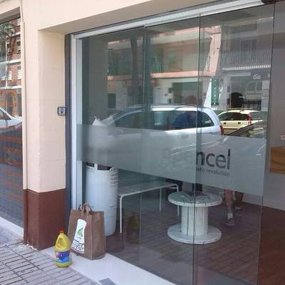 Puerta Automatica en Peluqueria