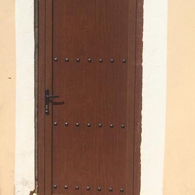 Puerta ciega