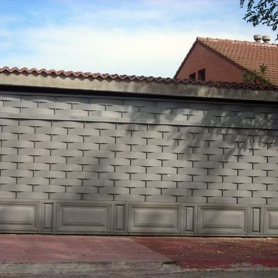 Puerta corredera instalada por servidoors
