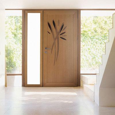 Puerta de entrada mixta aluminio-madera