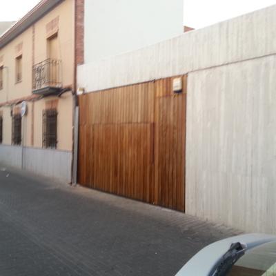 Presupuesto forrar puertas online habitissimo for Puertas de madera para garage