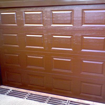 Puerta de garaje seccional de cuarterones