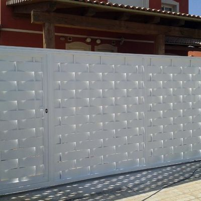 puerta entrada automatizada ( lama machanbra )