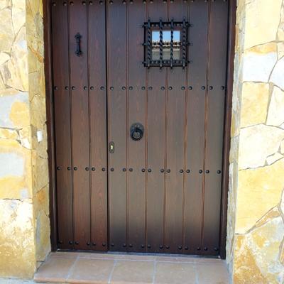 Puerta entrada Bello