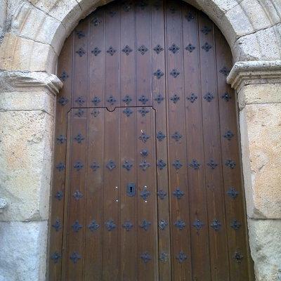 Puerta Iglesia Lechón