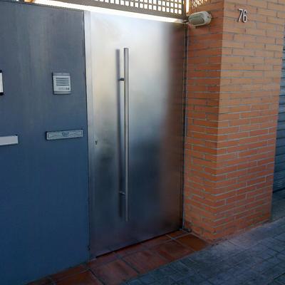 Puerta inox