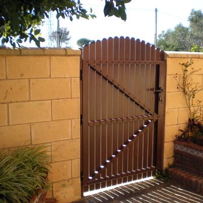 Puerta-jardín