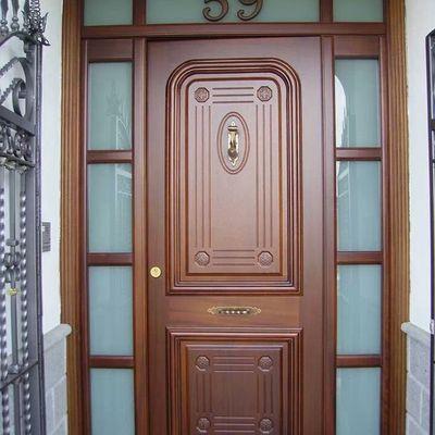 Puerta maciza ñ